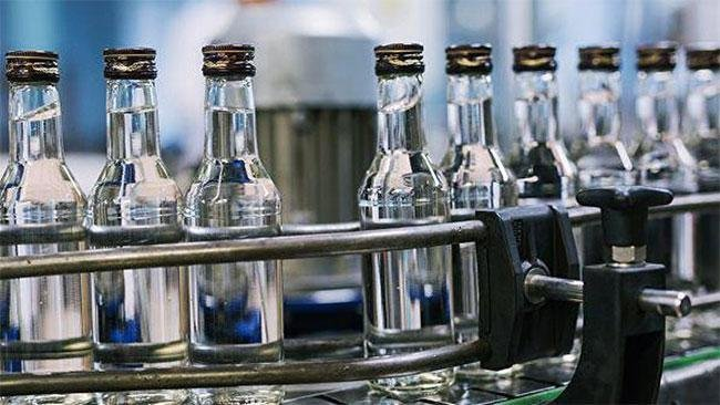 14 аж ахуйн нэгжийн согтууруулах ундаа үйлдвэрлэх зөвшөөрлийг хүчингүй болгов