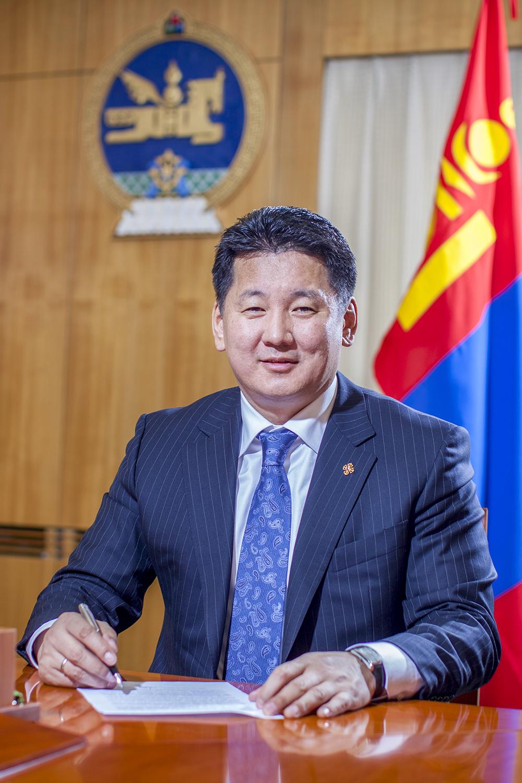 У.Хүрэлсүх: Монгол цэргийн яруу алдар мандан бадартугай