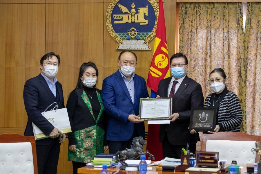 Монгол Улсын Консерватори шилдэг бүтээлүүдийг цахимаар толилуулна