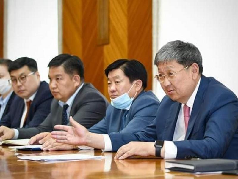 Азийн хөгжлийн банктай гурвалсан уулзалт хийлээ