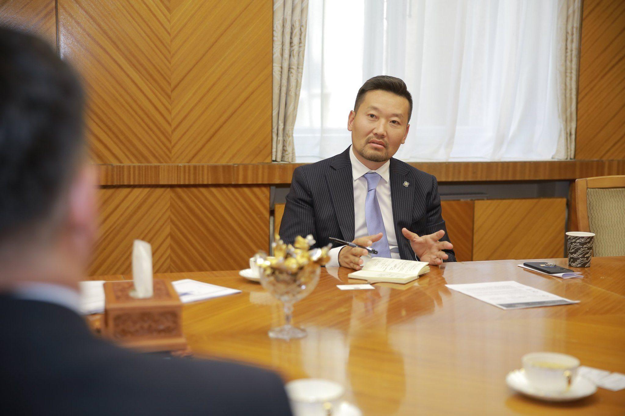 Х.Ганхуяг: Би бизнесийн орчныг эрүүл болгох гэж улс төрд орсон
