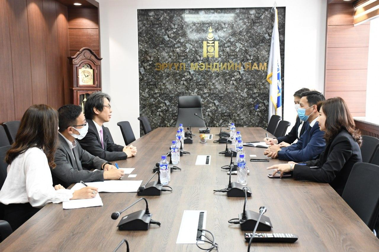 Эрүүл мэндийн сайд Т.Мөнхсайхан Япон улсаас Монгол улсад суугаа Онц бөгөөд бүрэн эрхт Элчин сайдыг хүлээн авч уулзлаа