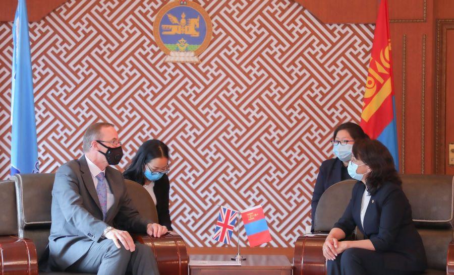 Чевнингийн тэтгэлэгт хамрагдах монгол оюутны тоог нэмэх талаар санал солилцов