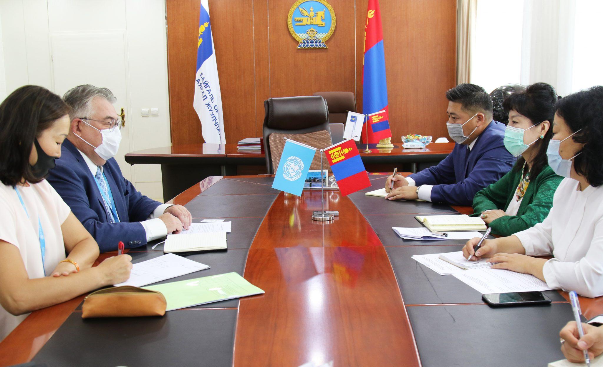БОАЖ-ын сайд Д.Сарангэрэл ДЭМБ-ын суурин төлөөлөгч Сергей Диордицаг хүлээн авч уулзлаа