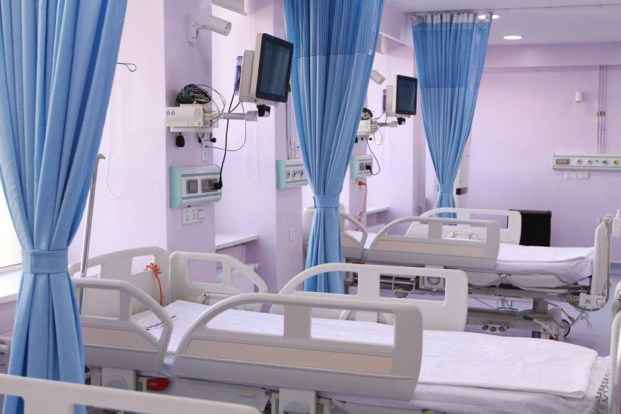 Улсын Нэгдүгээр төв эмнэлэг уушги, зүрх орлуулагч аппараттай болов
