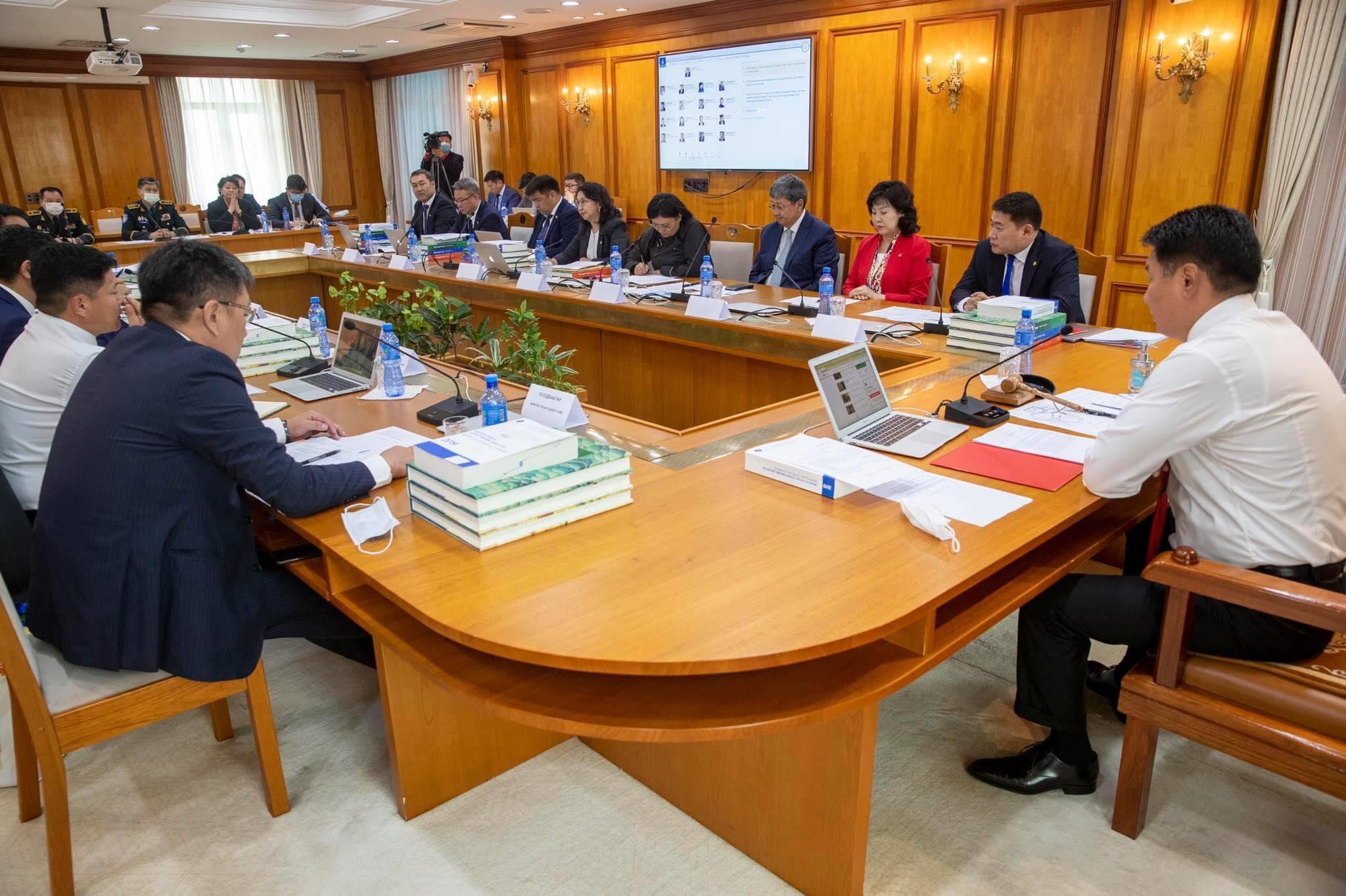 Засгийн газрын ирэх дөрвөн жилийн үйл ажиллагааны хөтөлбөрийг баталлаа