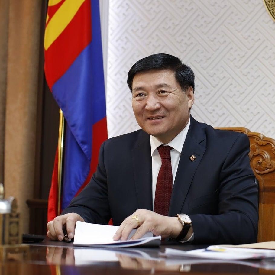 С.Чинзориг: Монголынхоо бүх эрдэмтэн багш нартаа баярын мэнд дэвшүүлье