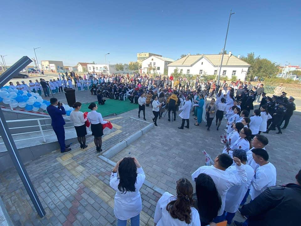 Дорноговь аймгийн Замын-Үүд суманд 100 ортой нэгдсэн эмнэлгийн барилгын нээлт боллоо