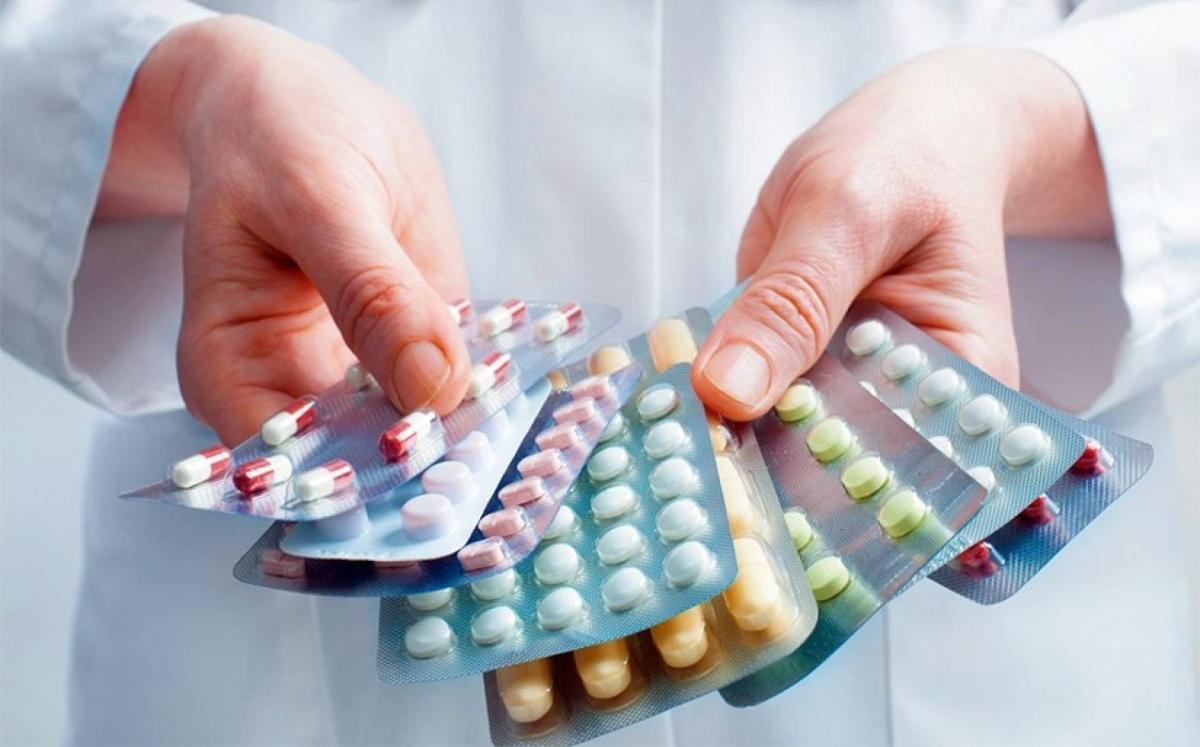 """""""Эм, эмнэлгийн хэрэглэгдэхүүний тухай хуулийн шинэчилсэн найруулга""""-ын төслийг хэлэлцлээ"""
