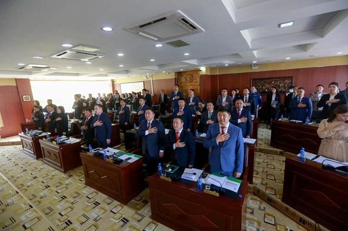 Хан-Уул дүүргийн иргэдийн төлөөлөгчдийн хурлын анхдугаар хуралдаан боллоо