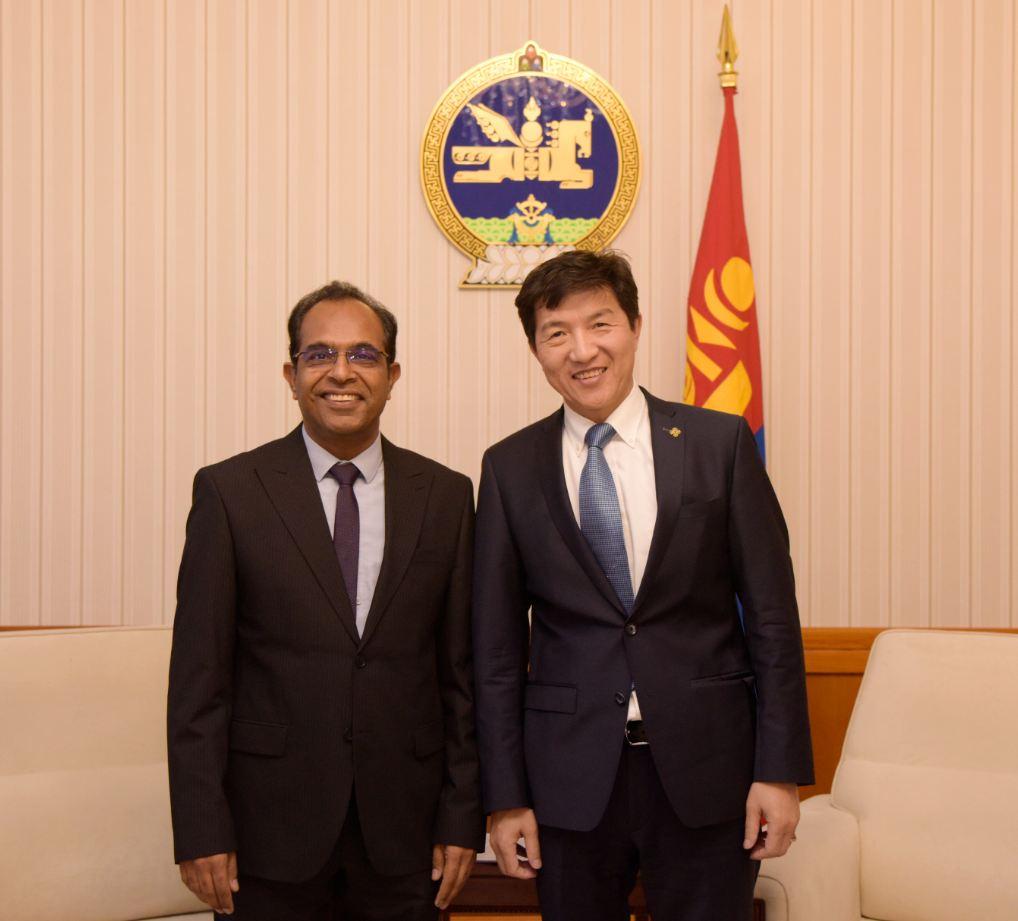 Сайд Н.Энхтайван Суурин төлөөлөгч Винод Кумар Ахужаг хүлээн авч уулзлаа
