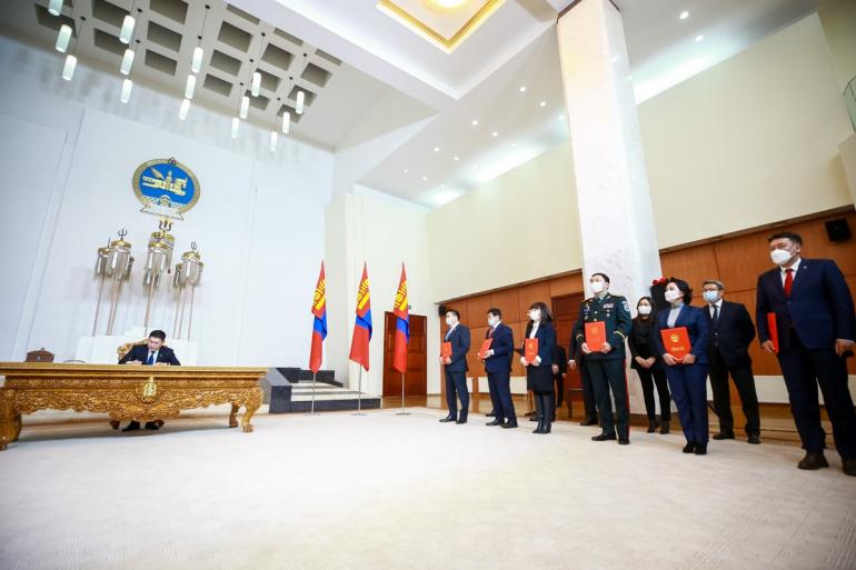 Монгол Улсын Засгийн газрын гишүүдийг томиллоо