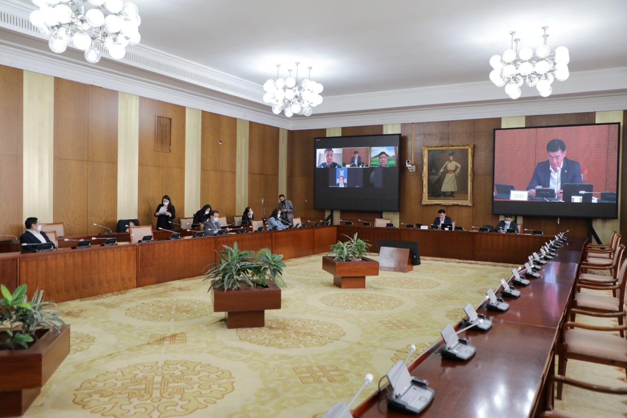 Монгол Улсын Хүний эрхийн Үндэсний Комиссын тухай хуульд нэмэлт, өөрчлөлт оруулах тухай хуулийн төслийн эцсийн хэлэлцүүлгийг хийв