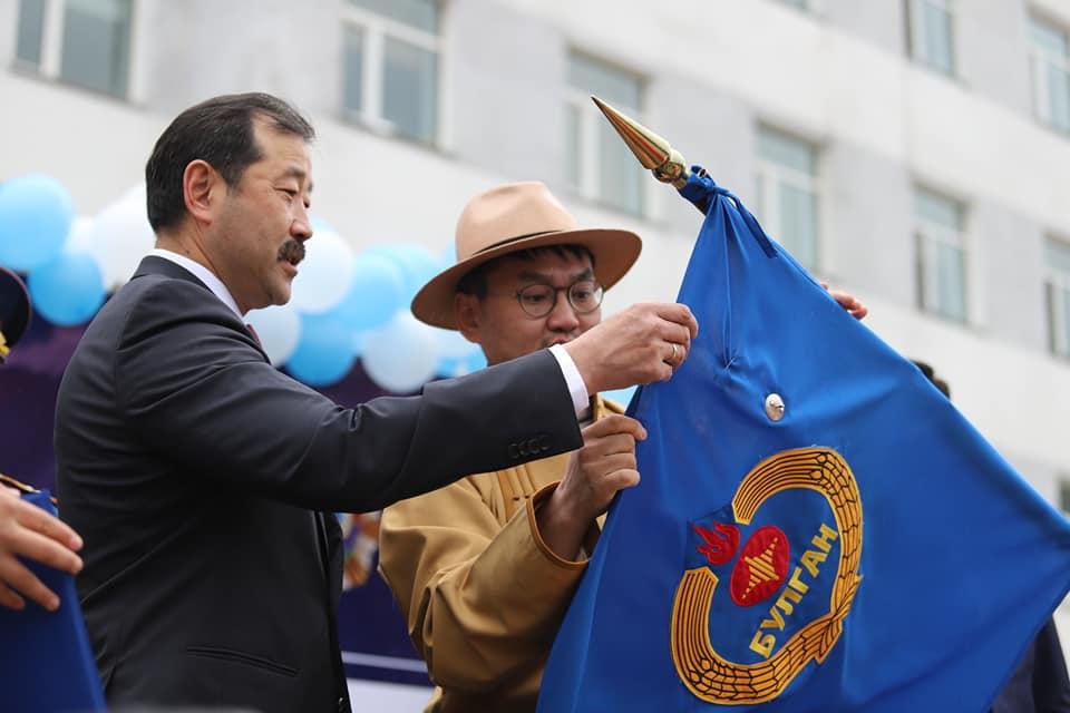 """Булган аймаг Монгол Улсын Ерөнхийлөгчийн зарлигаар """"Сүхбаатарын одон""""-оор шагнагдлаа"""