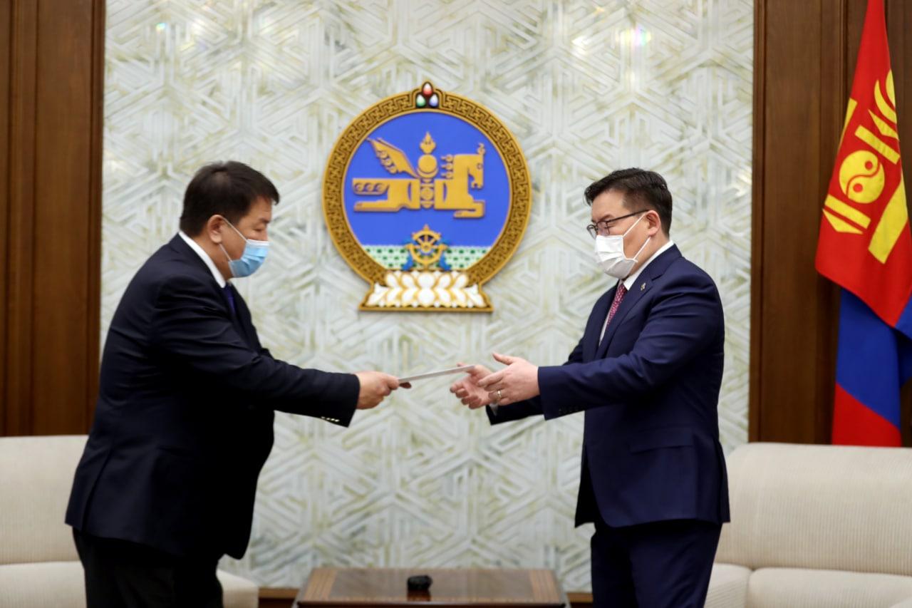 Монгол Улсын Ерөнхийлөгчийн сонгуулийн дүнг Улсын Их Хуралд өргөн барилаа