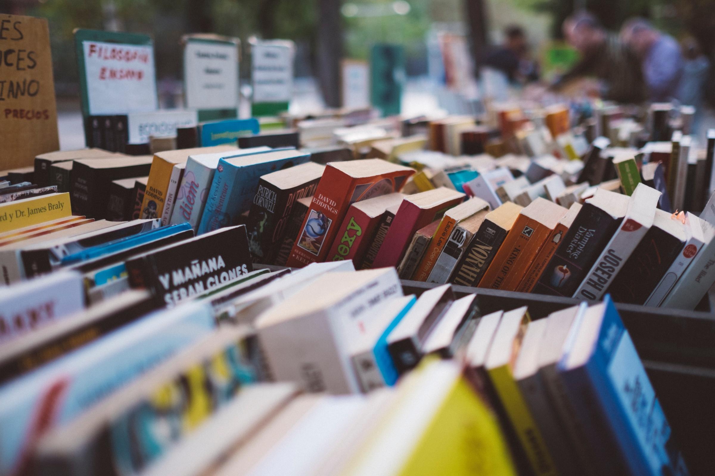 Үндэсний ном, бичиг соёлын өдрүүдэд бүх нийтээр амрахгүй