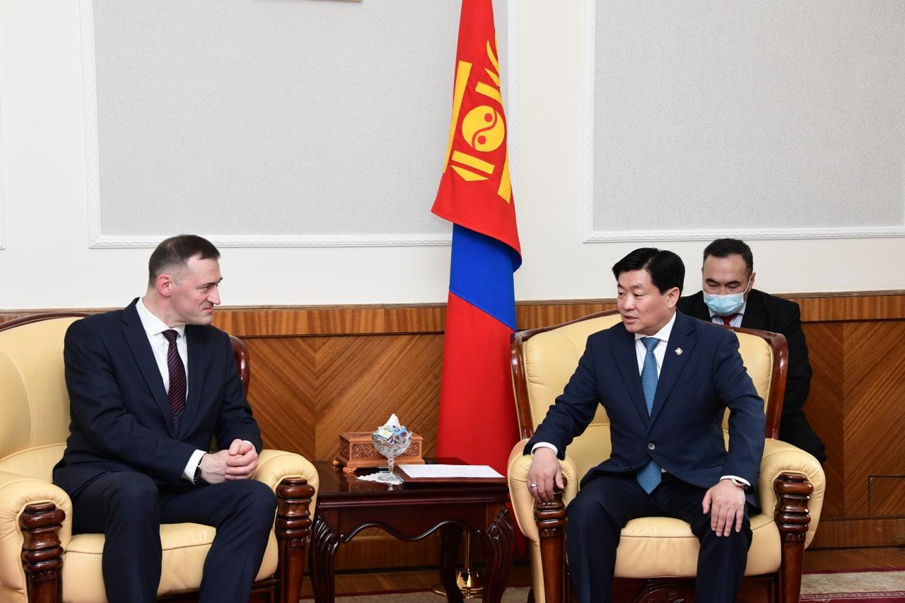 УИХ дахь Монгол-Беларусийн парламентын бүлгийн дарга Б.Энх-Амгалан Элчин сайд С.В.Чепурной-г хүлээн авч уулзлаа