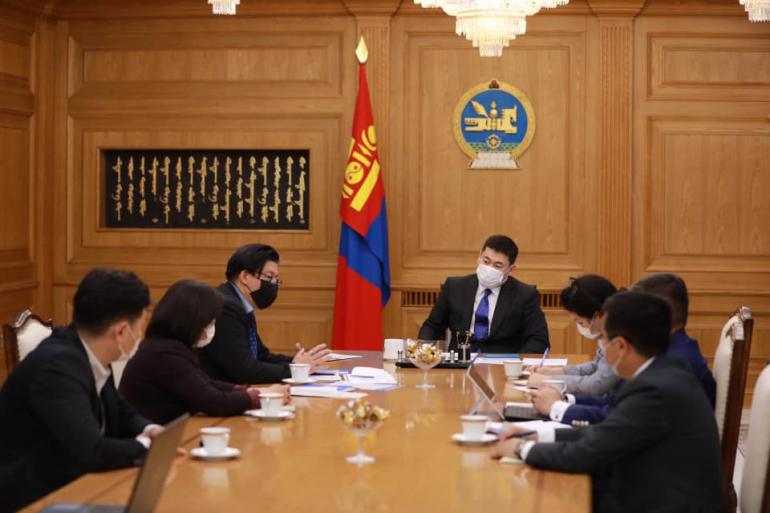 """Ерөнхий сайд Л.Оюун-Эрдэнэ """"Транспэрэнси интернэшнл Монгол"""" байгууллагын төлөөлөлтэй уулзлаа"""