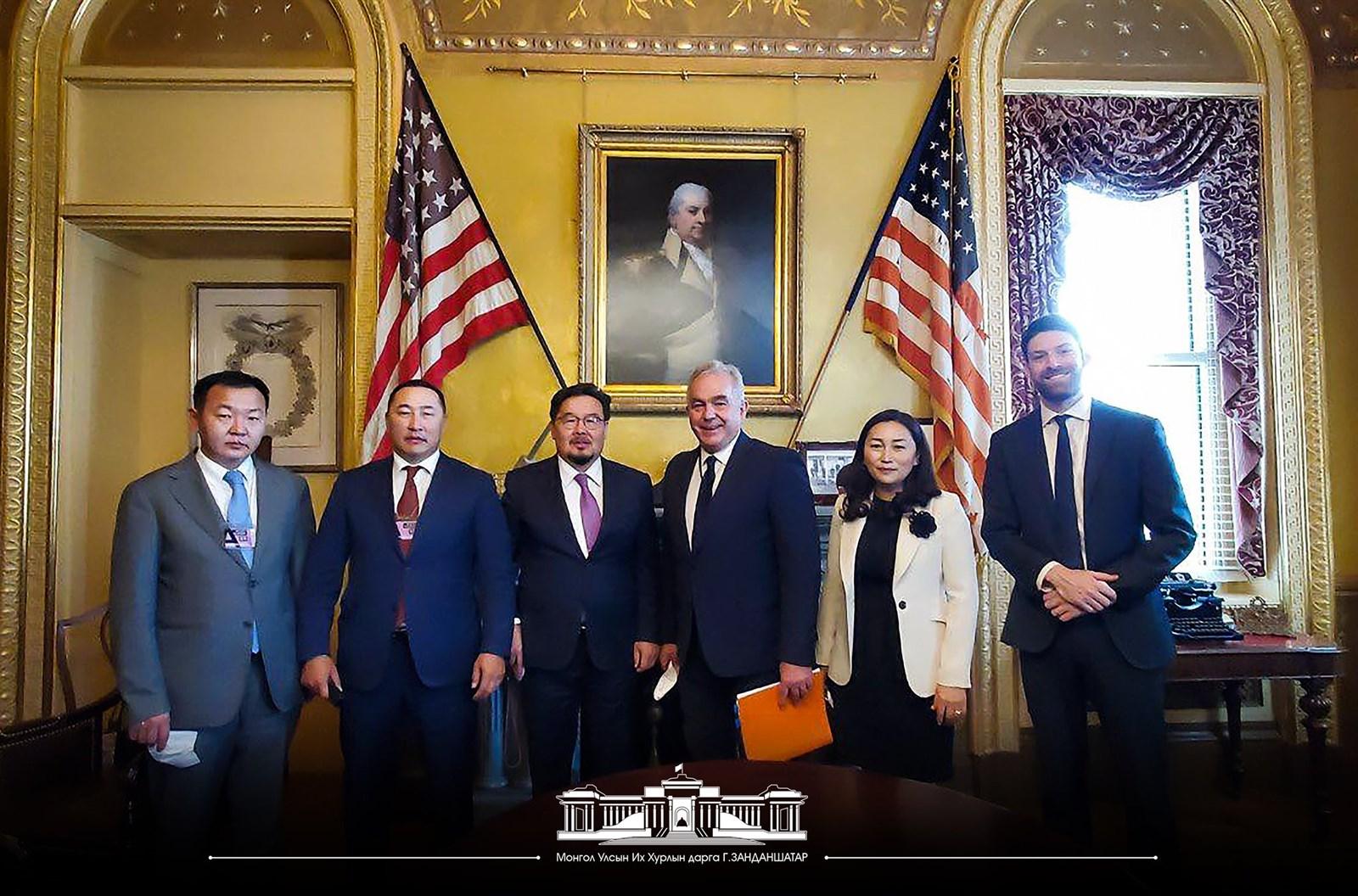 Монголын парламентын ардчилал, эдийн засгийг дэмжих эрмэлзэлтэй байгаагаа АНУ-ын тал илэрхийллээ